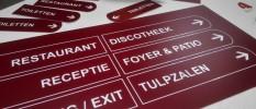 reclameborden wegbewijzering informatie hotel