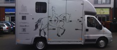 voertuigbelettering paardenvervoer